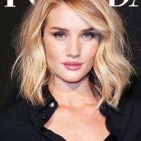 5 Frizura do ramena koje će vas naterati da odsečete kosu