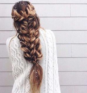 frizura sa velikom pletenicom