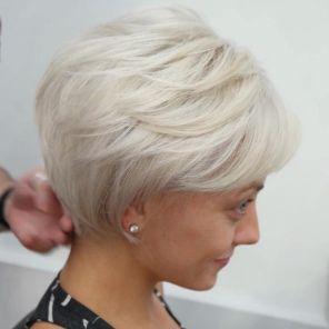 kratka zenska frizura