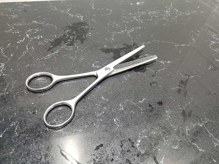 Efilir makaze za tanjenje kose