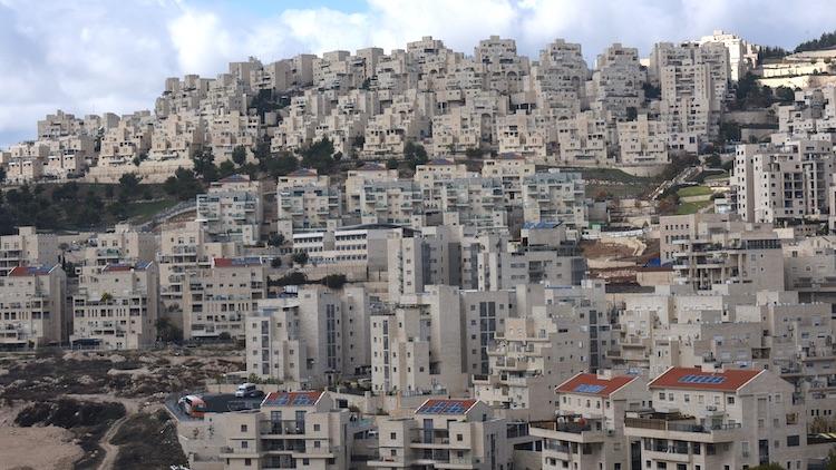Israël entre annexion et (re)confinement