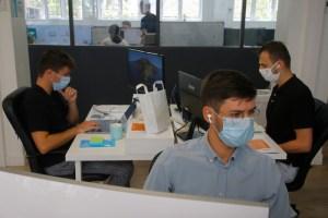 Coronavirus : près de 40 % des Français contre le port du masque en entreprise