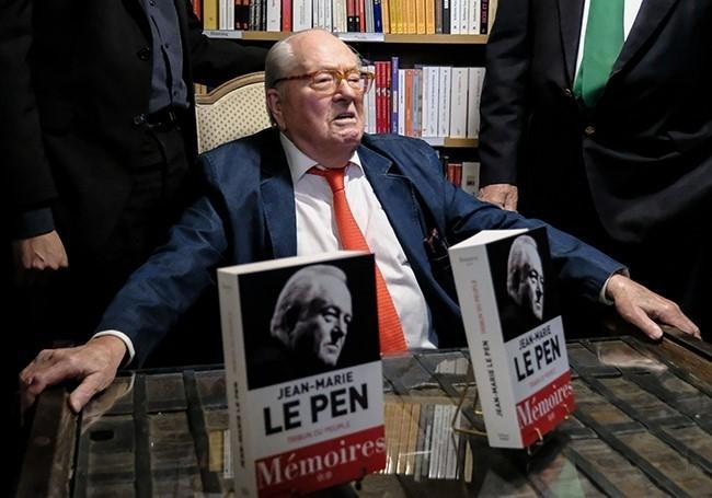 """Jean-Marie Le Pen : """"Ryssen en prison, Soral et Dieudonné condamnés, c'est une dérive vers la dictature"""""""