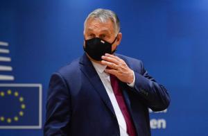 """""""Laissez nos enfants tranquilles"""" : Viktor Orbán dénonce un livre de contes LGBT"""