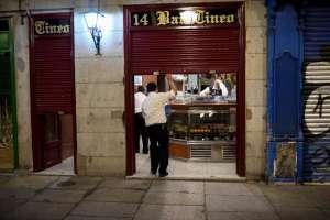 Couvre-feu et état d'urgence en Espagne, fermeture des cinémas et des théâtres en Italie