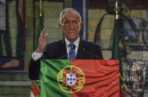 Portugal : le président réélu avec une abstention record
