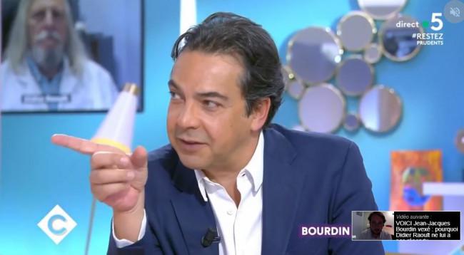 Calvi, Bourdin, Cohen, Belliard, Sportouch : la radio française a mauvaise mine