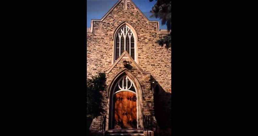 Leaside-United-Church-Reclaimed-Stained-Glass-Window-Final-outside