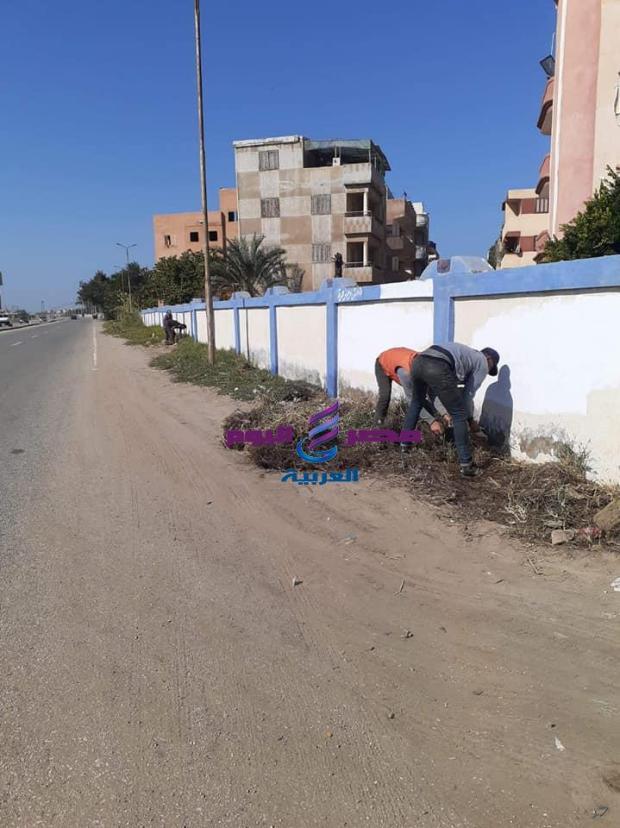 استمرار حملات متابعة رفع كفاءة الطريق الدولي الساحلي غرب بورسعيد |