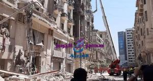 انهيار عقار قصر النيل بوسط البلد إنقاذ 14 شخص | انهيار عقار