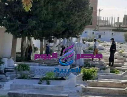العثور على فتاة مشنوقة في مقبرة