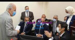 وزير العدل والاتصالات يشاهدون تدشين مشروع تجديد الحبس الإحتياطي عن بعد | وزير العدل