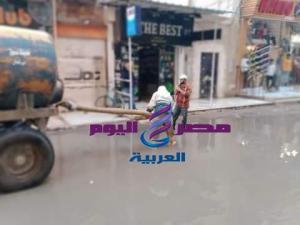 مشهد بطولى لعمال النظافة فى مواجهة الطقس السيئ بدسوق | مشهد