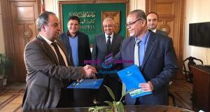 جامعة الإسكندرية توقع عقداً للإشراف على مشروع تبطين الترع بمنطقة الدلنجات | عقدا