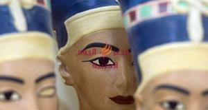"""المصنع الأول من نوعه في مصر والشرق الأوسط، وتم إنشائه بالتعاون مع شركة """"كنوز مصر للنماذج الأثرية""""."""