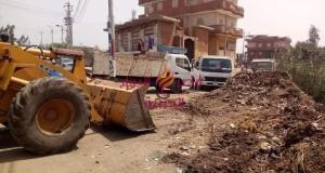 الحملات المجمعه المشتركه لرفع القمامه بالوحدات المحليه تسفر عن رفع 1900 طن خلال حملاتها المكثفه بالقرى