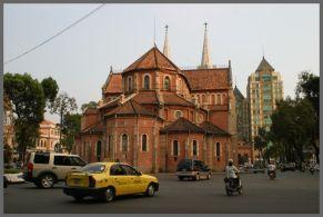 胡志明市 -- 正宗越南粉之旅