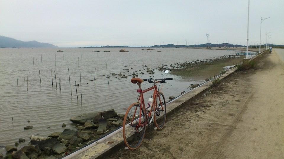 連接風車島及「中國大陸」之長堤。