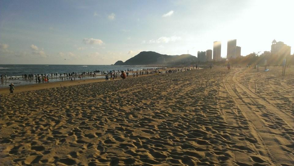 閘坡海灘。