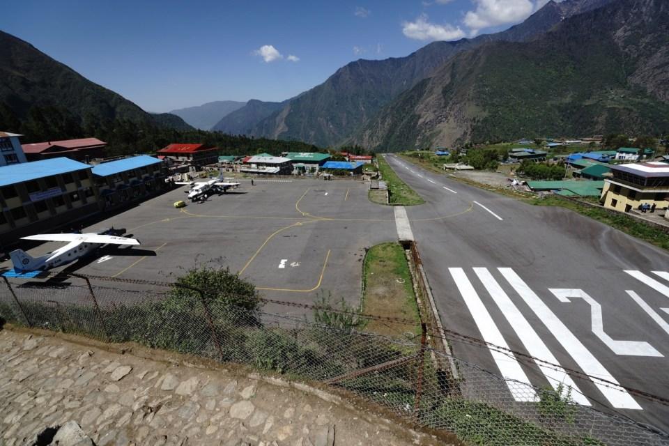 起點 Lukla ~~ Lukla 機場被譽為「全世界最危險機場」,回程時會介紹。