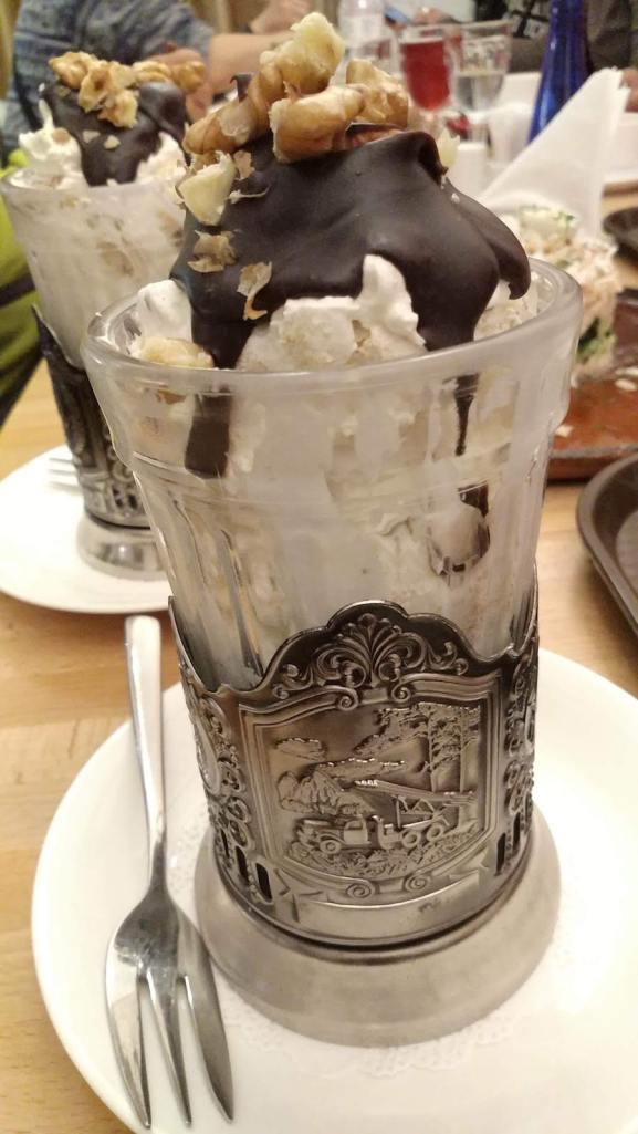 還有翻譯作「潛望鏡」的蛋糕杯。