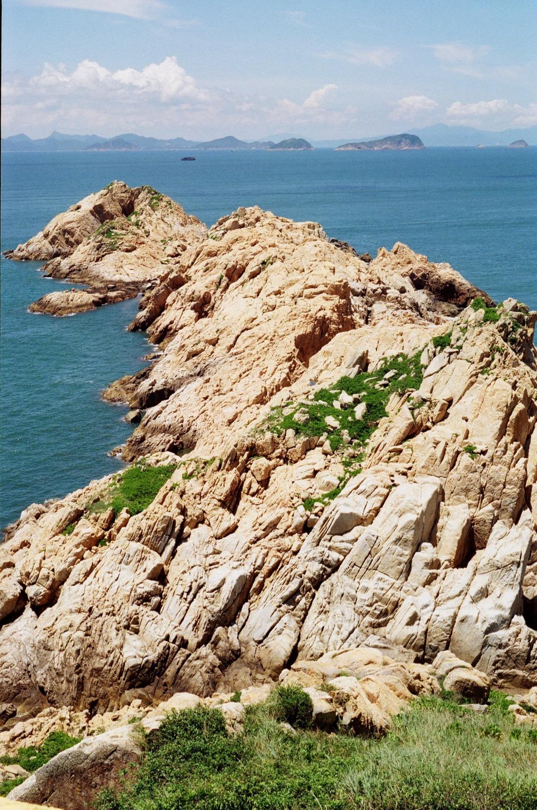 橫瀾島分為南北兩島,北島石骨嶙峋。