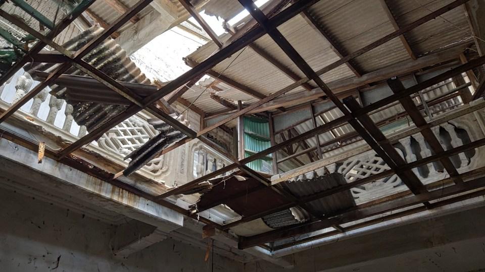 原為天井,欄河保存良好,上面加建了天棚。