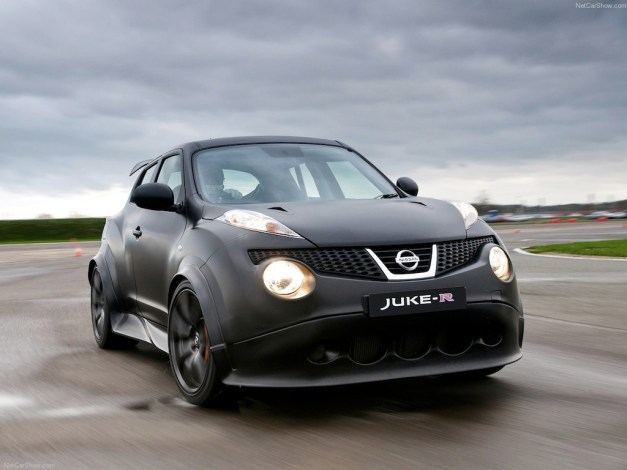 Video: A Nissan Juke-R clip that's finally worth watching
