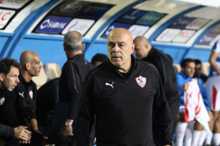جروس يعلن قائمة الزمالك لمواجهة طنجة.. غياب مصطفى فتحي والونش