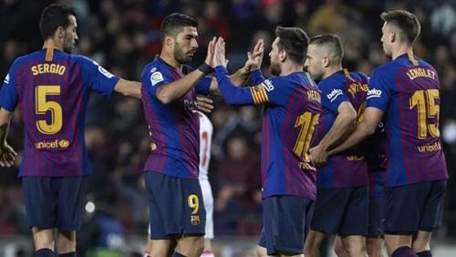 ميسي يحبط مفاجآة ليفانتي ويتأهل ببرشلونة لربع نهائي كأس الملك