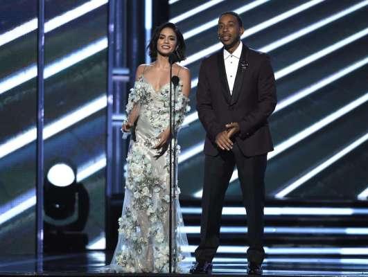 Billboard-Music-Awards-Vanessa-e-Ludacris_Easy-Resize.com_-1024x771 Title category