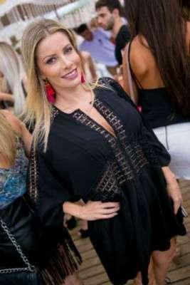Angela-Medeiros-Im.001-267x400 Title category