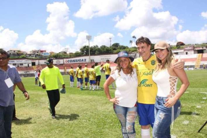 Viviane-Alves-Roberto-Restum-e-Adriana-Restum-Im.001-e1521597829694 Title category