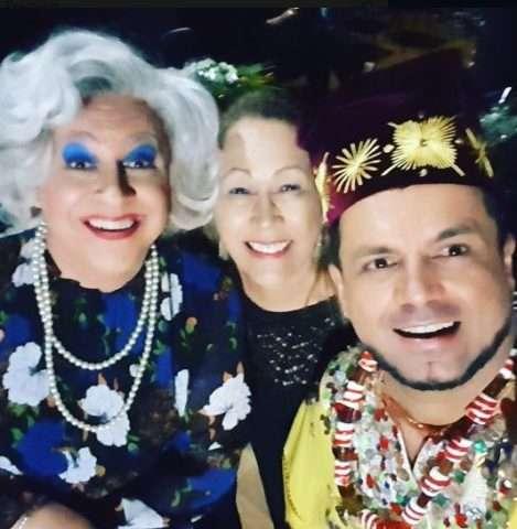 A-Tia-personagem-de-Guilherme-Uzeda-Lourdes-Castro-e-Ogan-Velaske-Axogum-Im.001-e1530490295167 Title category