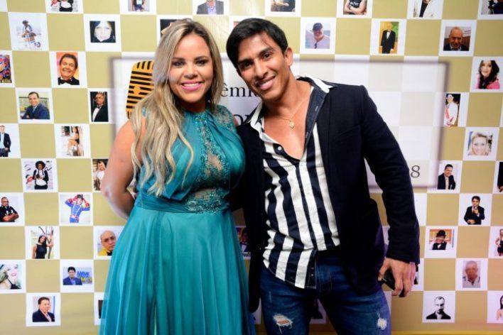 Viviane-Alves-e-Thassio-Moreira-Im.001-1-e1541285644874 Title category