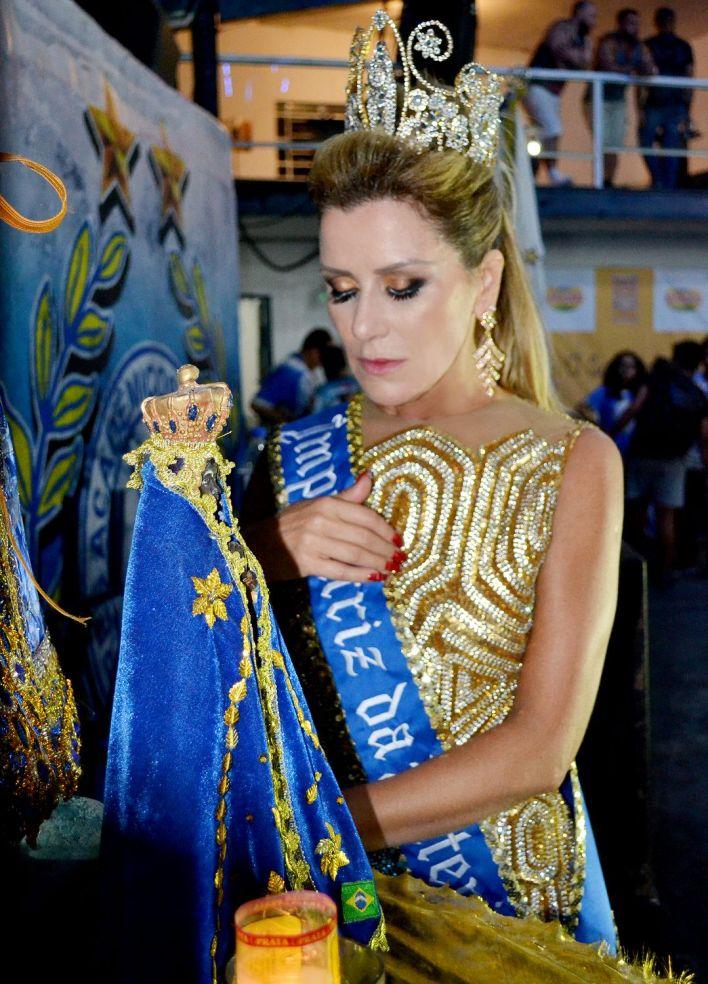 Angela-Pereira-Imperatriz-da-Bateria-Tatuapé-10 Title category