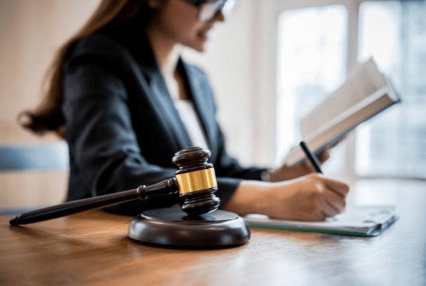 4 Qualities That Defines a Good Lawyer | EGO Legal Inc