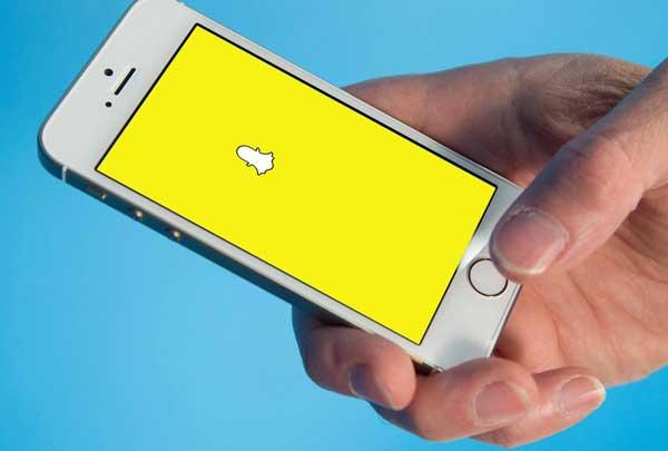 snapchat top messaging app indi