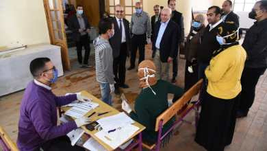 Photo of محافظ بورسعيد : توزيع شريحة التابلت على الطلاب فى المدارس