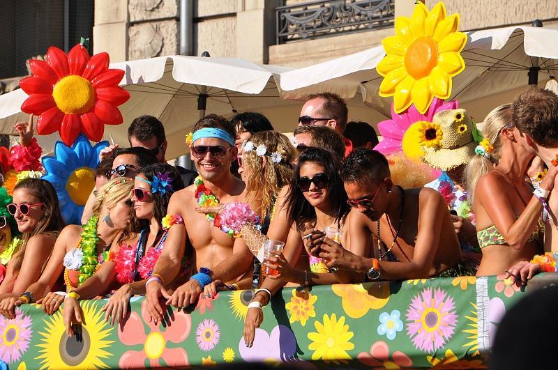 11.08.2012 Streetparade Zürich - Bilder und Videos (5/6)