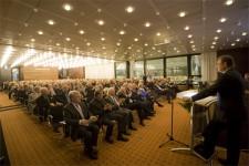 An die 400 Gäste konnte Landrat Günter Rosenke im Euskirchener Kreishaus zum Neujahrsempfang begrüßen. Bild: Tameer Gunnar Eden
