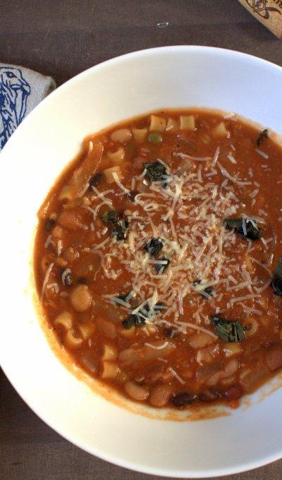 """Ina Garten's """"16 Bean"""" Pasta e Fagioli"""