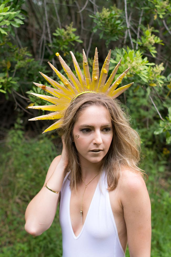 Sun & Moon Halloween Photo shoot pt. 3 of 4 >> Visit Eight Pepperberries to learn how to make the Sun & Moon headpieces