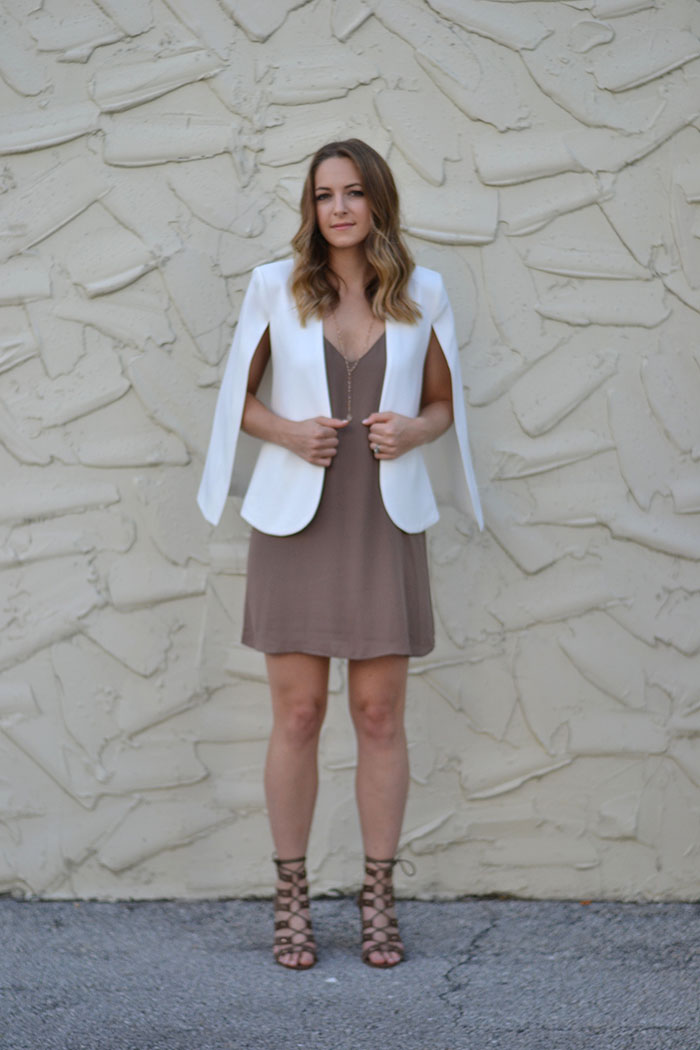 The Carrie Bradshaw Approved Cape and How To Style It >> Eight Peppberries blog