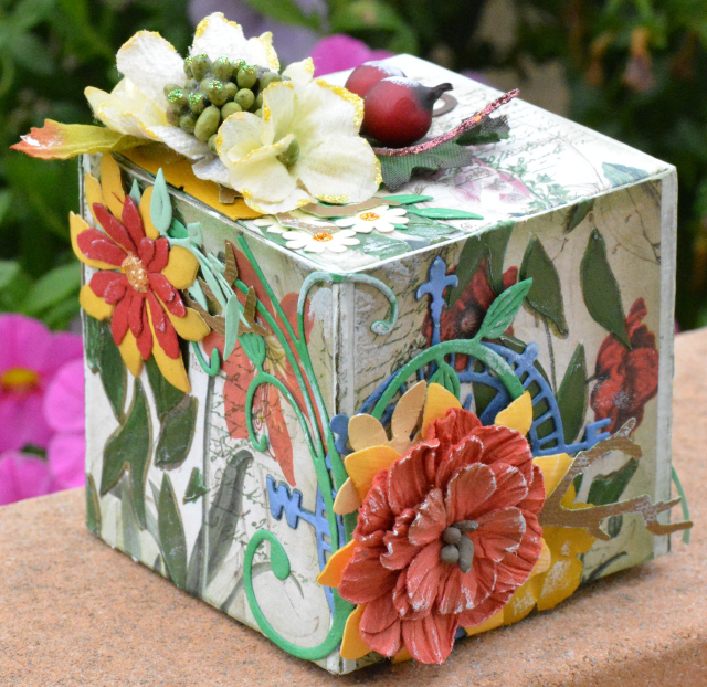 Floral Artist Trading Block by Craft Art | Eileenhull.com