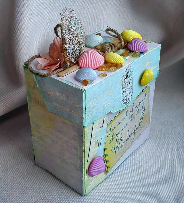 Sea Shell Upcycled Tea Box by Lula | Eileenhull.com
