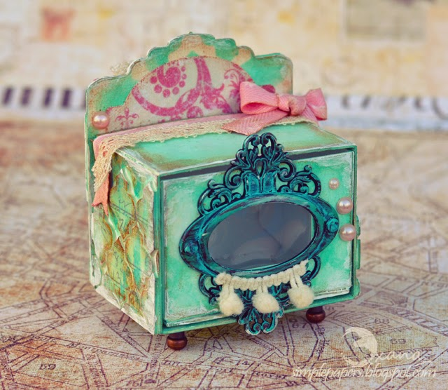 Sizzix Vintage Kitchen  Oven Project Tutorials by Oxana Moupisaridou| Eileenhull.com