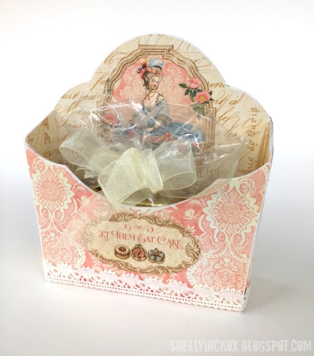 Sizzix Paper Flower Party Tutorials : Graphic 45 Gilded Lily Flower Pocket Candy Box by Shelly Hickox