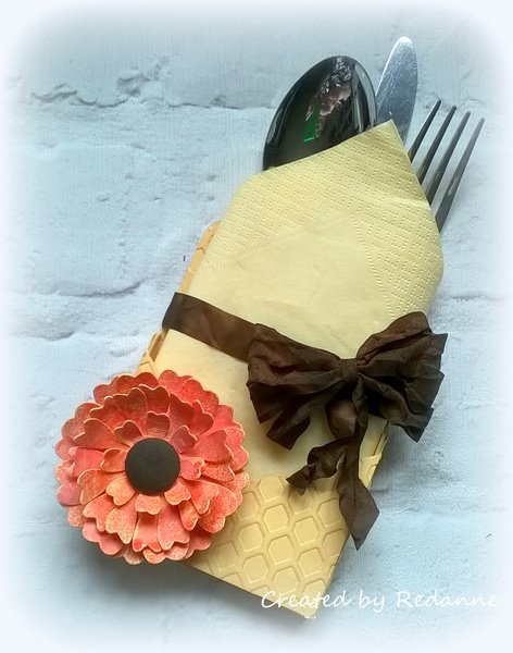 Sizzix Party Decor Tutorials: Honey Comb Cutlery Holder by Anne Redfern