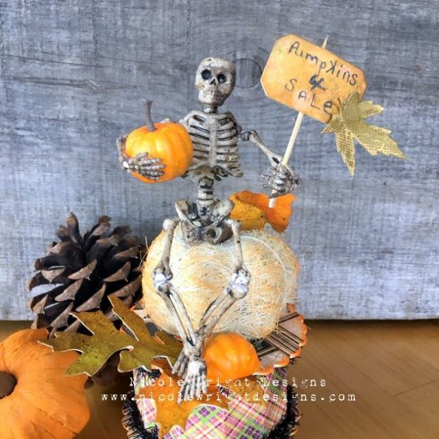 Fall Holliday Eileen Hull Sizzix Tutorials: Halloween Pumpkin Cookie Box by Nicole Wright